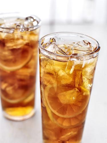 Ледяной чай с лимоном