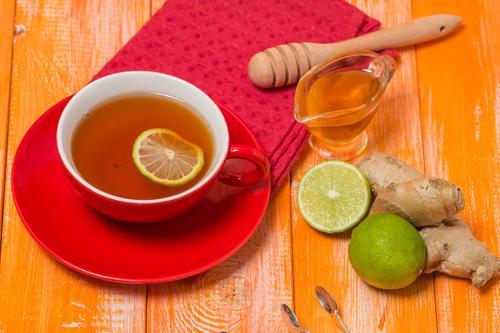 Чай с имбирем, медом и лимоном