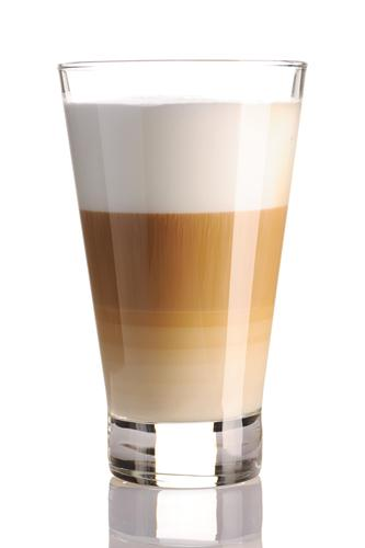 Кофе латте в айриш-стакане