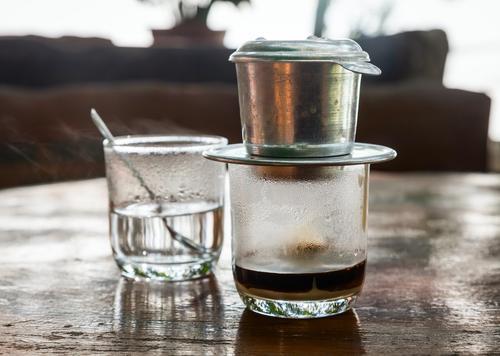 Пресс-фильтр для заваривания кофе по-вьетнамски