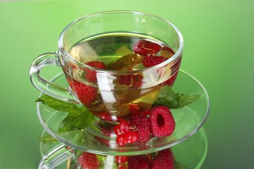 Травяной чай из листьев малины