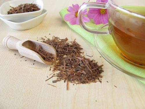 Кружка чая лапачо и сухая заварка