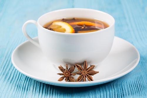 Чашка чая с гвоздикой