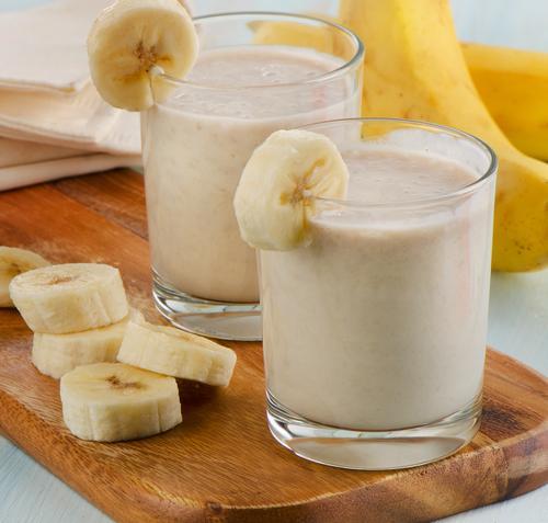 Смузи с бананом для двоих