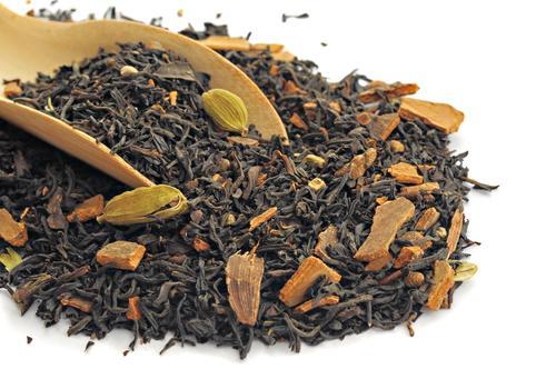 Сухая чайная заварка с кардамоном