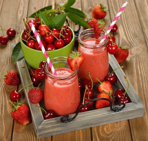 Смузи из ягод клубники