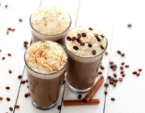 Стаканы с кофе кремом