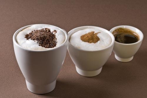 Чашки для кофе разного объема