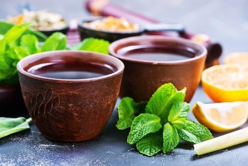 Ароматный чай с ванилью и мятой
