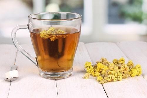 Чай с цветками цмина или бессмертника песчаного