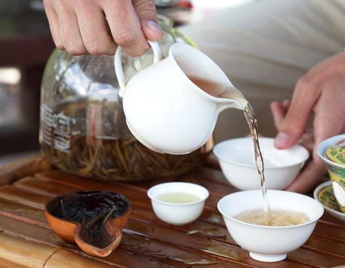 Заваривание улуна в чайнике